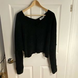 Double Zero Black Crop Sweater